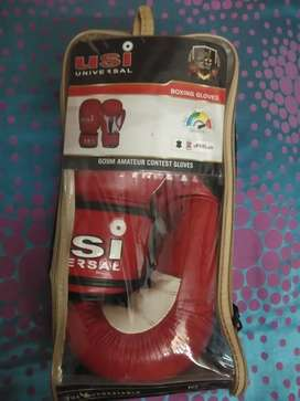 USI brand new gloves size -10oz