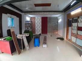 Shop on main road RajajiPuram 400sqft