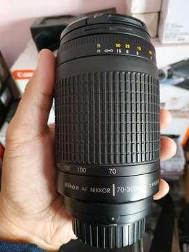 Lensa Tele nikkor nikon 70 300 f4-5.6 G
