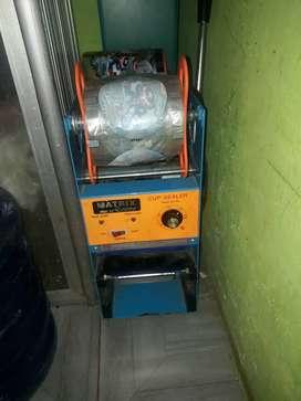 Mesin press minuman(cup sealer)