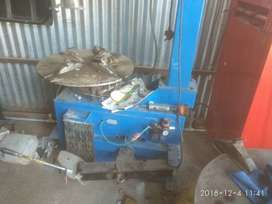 Tyre changer good condition 2 year used.
