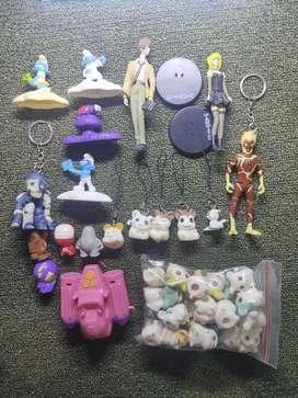 Mainan Action Figure Campuran