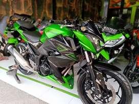 """Kawasaki Z 250 cc Green Dp Suka"""" (FMS) Gresik"""