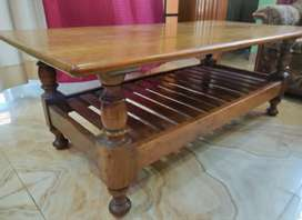 Wodden table for sale