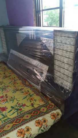 My dobule bed pure wooden on sell