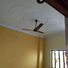 Room available at kydganj Allbad, Rent willbe 4500 with light Bill