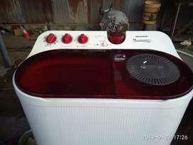 Jual mesin cuci shap , 8,8 kg ,normal ,siap pakai .