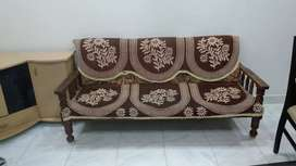 Wooden sofa set 3+1+1 in very good condition
