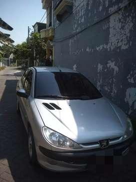 Peugeot 206 thn 2003 silver Istimewa