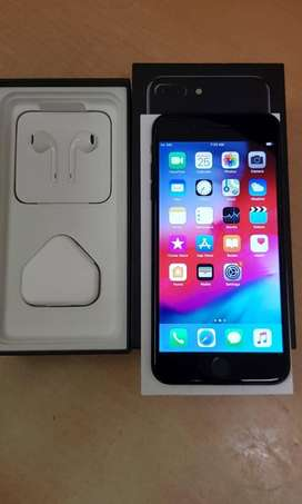 i phone 7 plus with full box in best condition