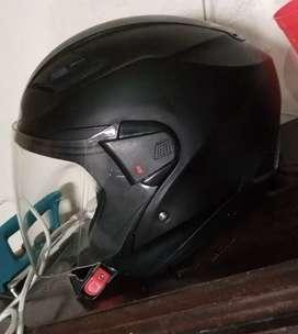 Helm Zeus 611 Hitam