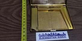 korek colibri lighter gold made in Japan plus case cigarettes