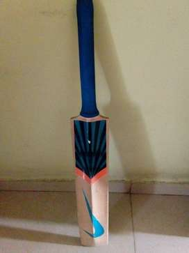 Nike Cricket Bat English Willow - Size 6