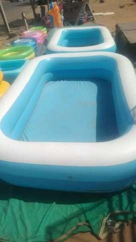 Bth tub pool