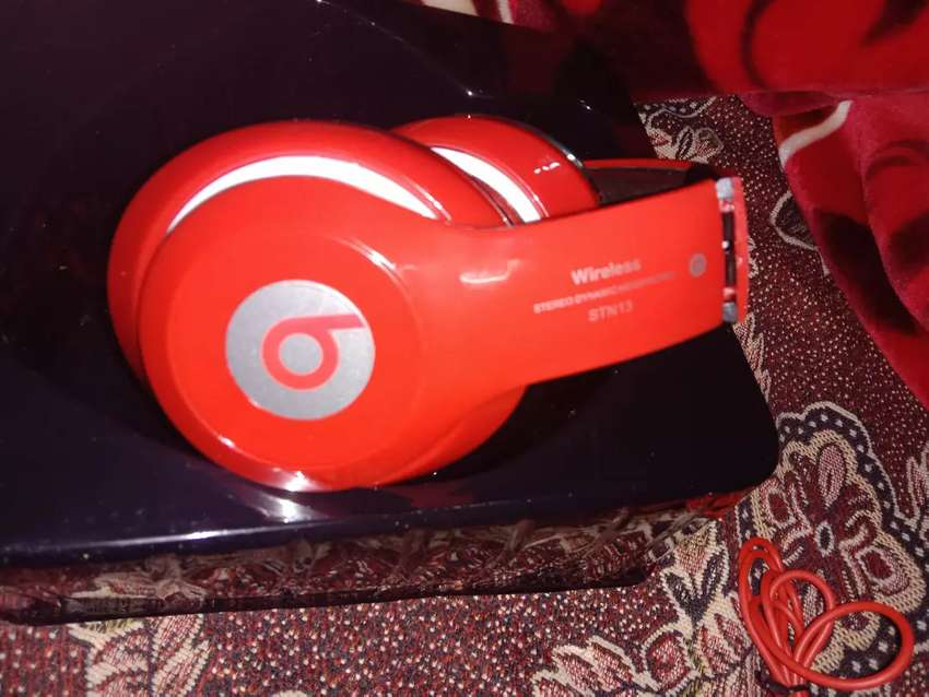 beats studio red headphones made for ipod iphone ipad android 0