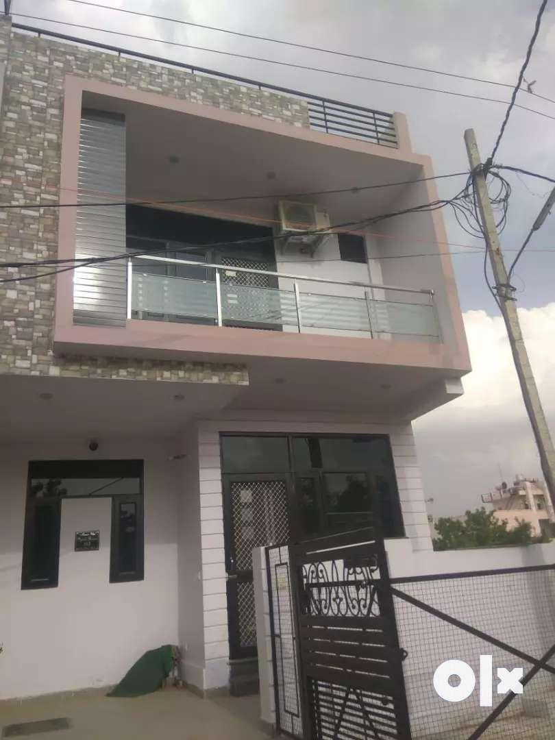 Luxurious 100 gaj duplex villas 0