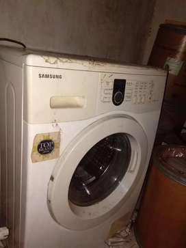 Mesin cuci berkualitas milik sendiri jarang pakai
