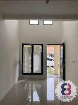 Rumah Dijual Cepat!! di Perumahan Green Hills Estate Ciputat Siap Huni