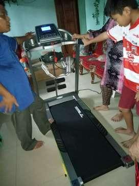 TL 288 Treadmill elektrik 2 hp