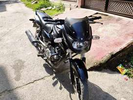 Bajaj pulsar 150 Black color and well condition