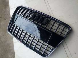 Audi q7 grill with logo