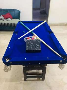 Snooker table 2X4 in size