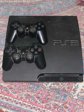 Playstation 3 with motion gaming including 9 Cd's