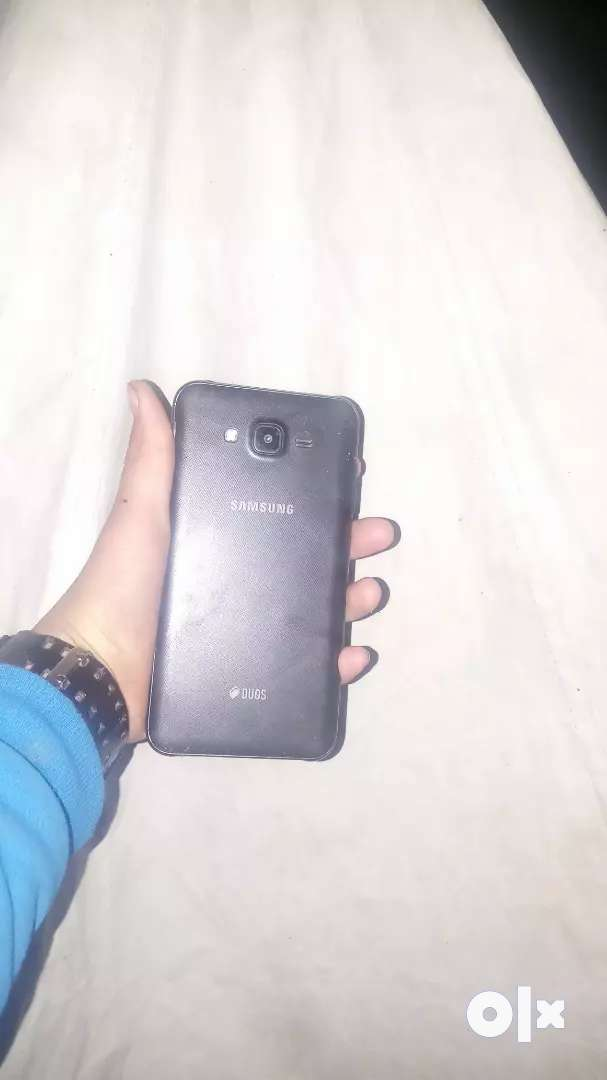 Selling Samsung Galaxy j7 nxt new software 0