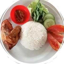 Nasi ayam goreng sambal sadis