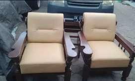 Jasa serfis sofa ganti bhn kulit