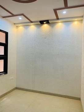 2 bhk flat delhi road saraswati lok meerut