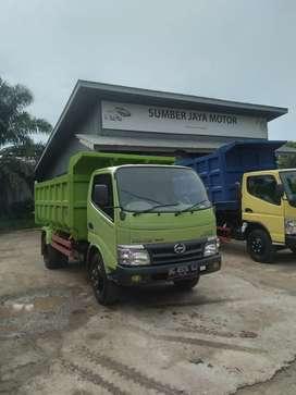 Hino dutro 130 HD dump thn 2015