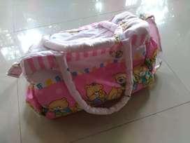 Tas perlengkapan bayi bonus tas diaper marsha&the bear lucu