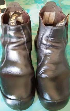 Sepatu Safety merk KING'S no 42