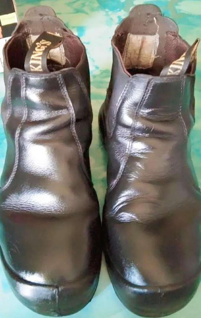 Sepatu Safety merk KING'S no 42 0