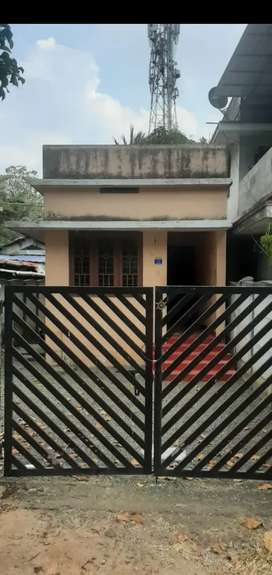 1BHK only two wheller parking