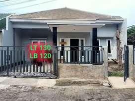 Rumah baru siap huni hanya 100 meter dari jalan raya