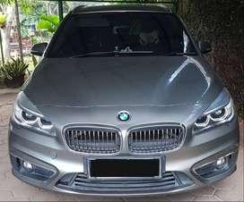 BMW 218i Luxury Gran Tourer, Nov Tahun 2015
