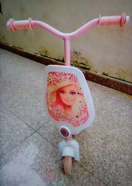 Kids scooter Barbie