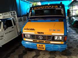 Tata 709 tanker  ,6000 litre,two tyres are new
