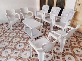 7 original citizen chairs along with table