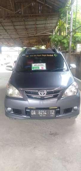 Jual beli mobil bekas Toyota Avanza