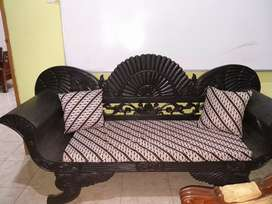 Sofa panjang jati ukir
