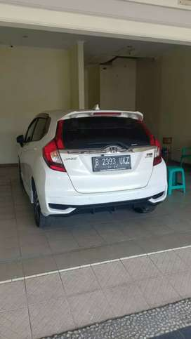 Honda Jazz matic putih