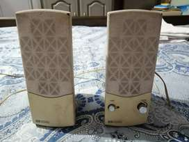 Speakers HP company ky MADE IN MALAYSIA (repair krwany waly hain)