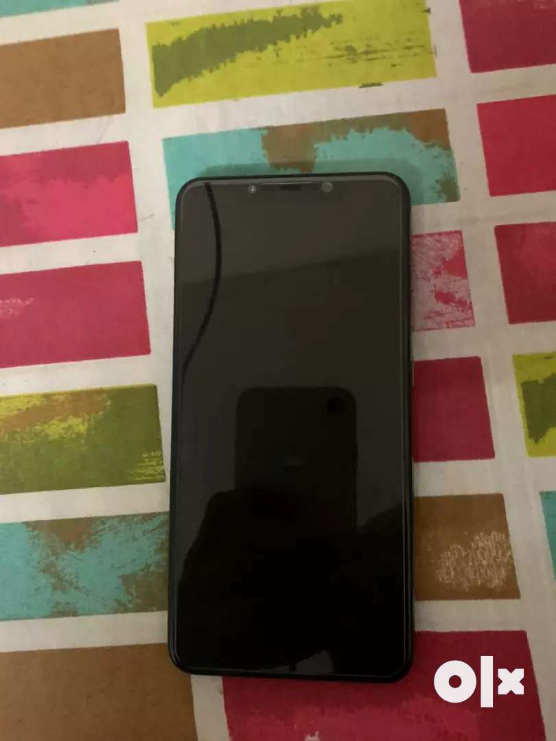 Fixed pricePoco f1 6 128 gb 1 month old with back cover and tempered 0