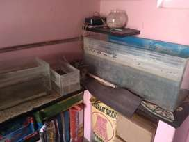 USED FISH TANK 3 AND MOTOR ₹1200