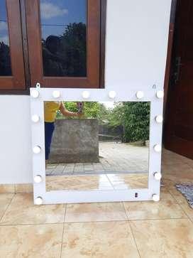 Cermin lampu utk salon dan pribadi