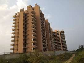 Ready to Move 2BHK at 17LaKh Near Subhash Chowk on Sohna Road, Gurgaon
