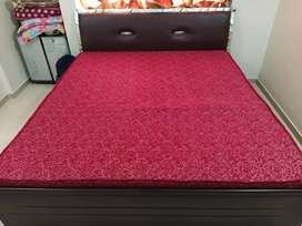 King Size Hydrolic Double Bed